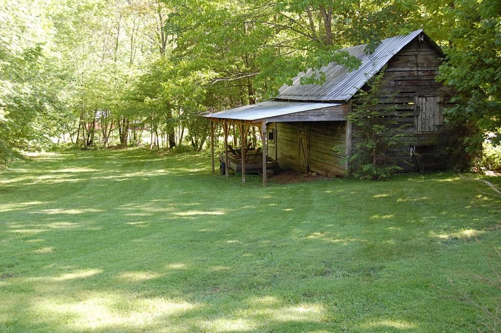 Foster Creek Riddle Barn